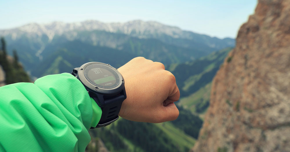Best-Altimeter-Watch-for-Hiking-and-Backpacking