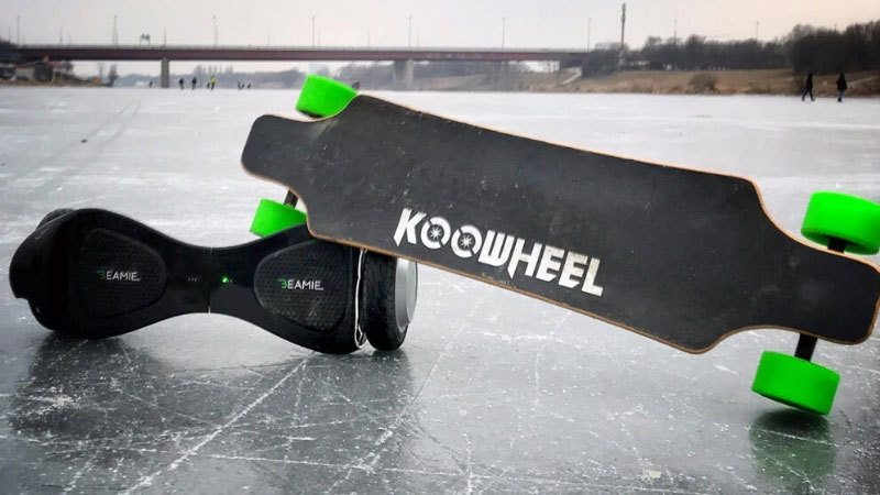 Difference Between Hoverboard and Skateboard