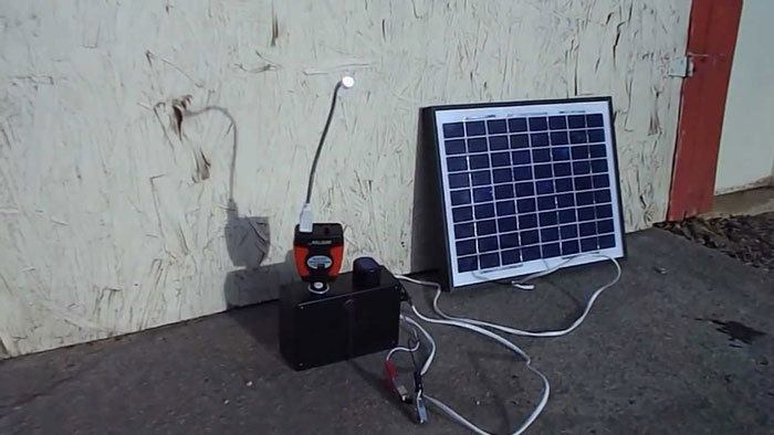 12v-Battery-With-Solar-Panel