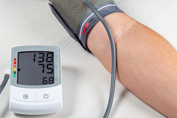 BP-and-heartbeat-checking-system