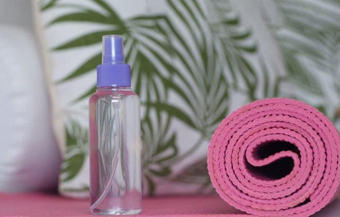 Clean-Manduka-Yoga-Mat