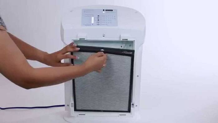 How-To-Clean-Air-Purifier-Filters