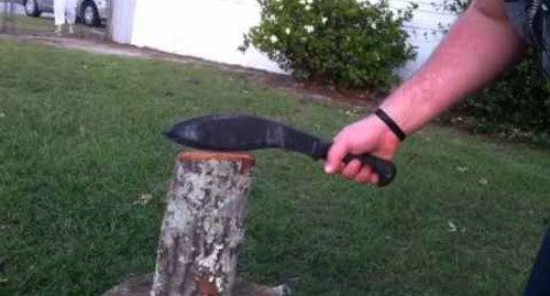 Ka-Bar-Kukri-knife