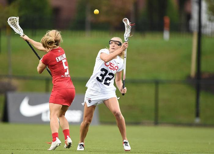women-lacrosse-play